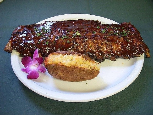 norwood-pines-bbq-ribs